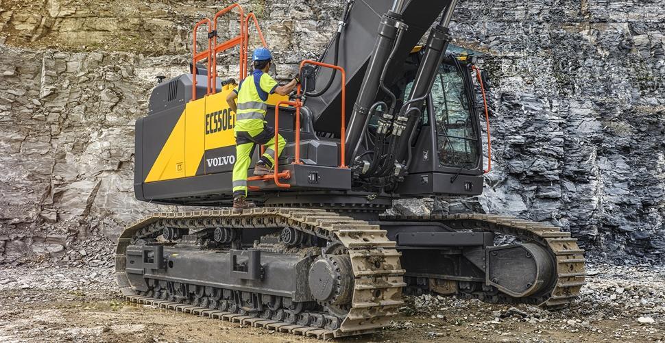 Volvo Excavator EC530E and EC550E