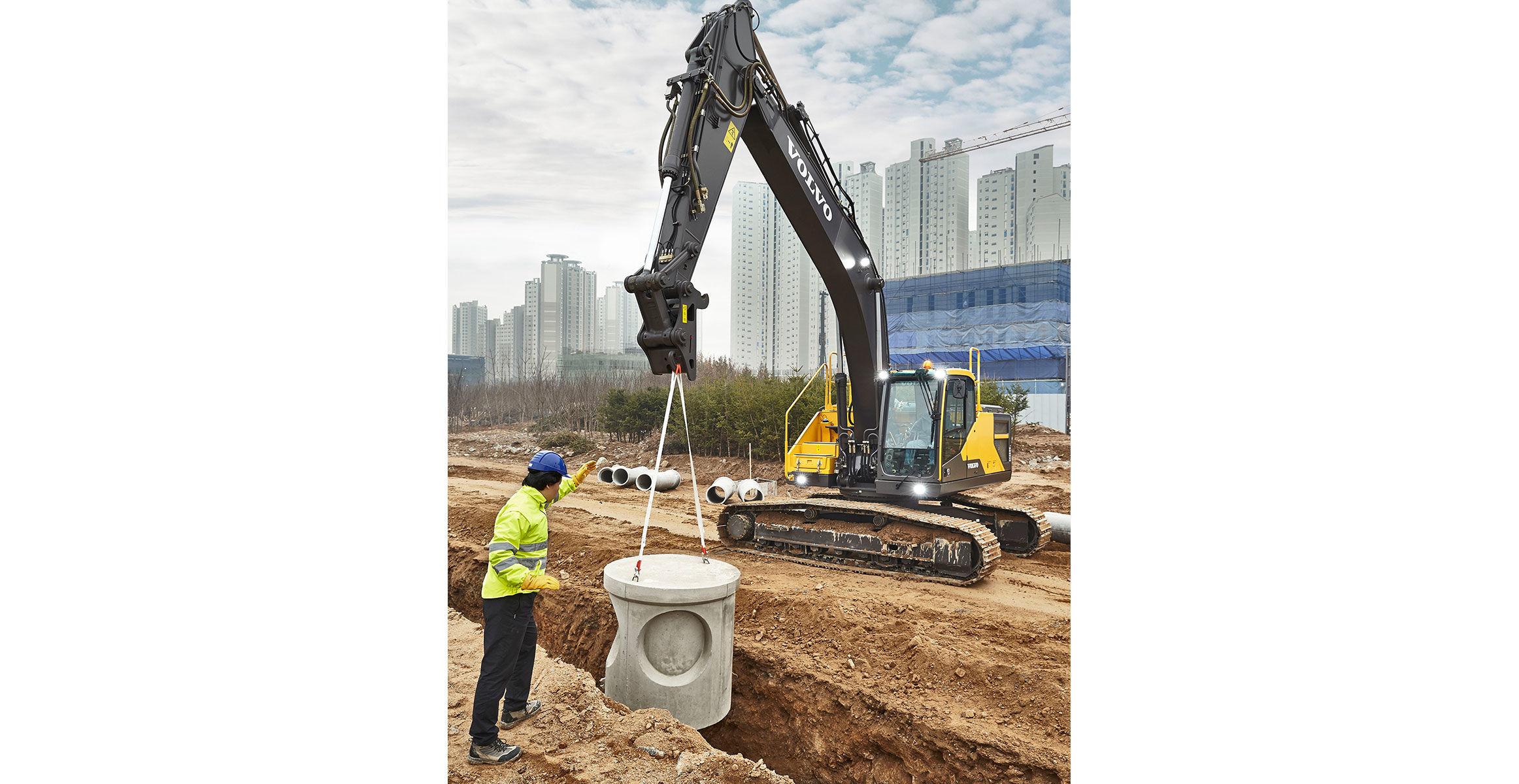 Volvo EC250E and EC300E excavators excel in fuel efficiency