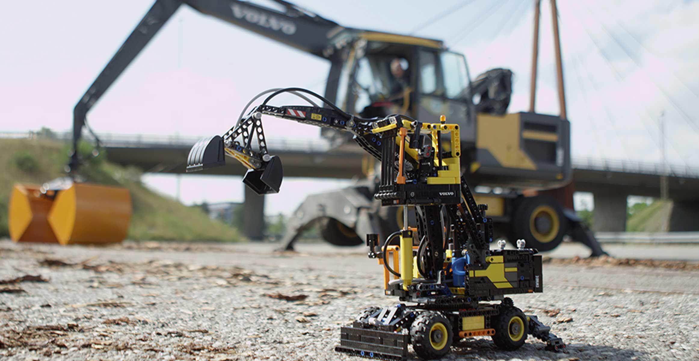 lego technic builds air powered mini wheeled excavator. Black Bedroom Furniture Sets. Home Design Ideas