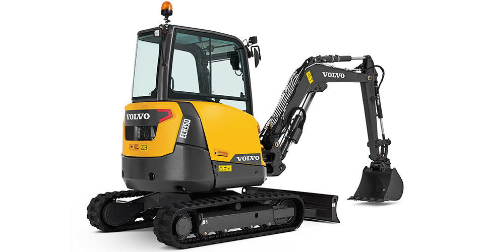 Volvo adds punch and precision to 3 & 4 tonne compact excavators