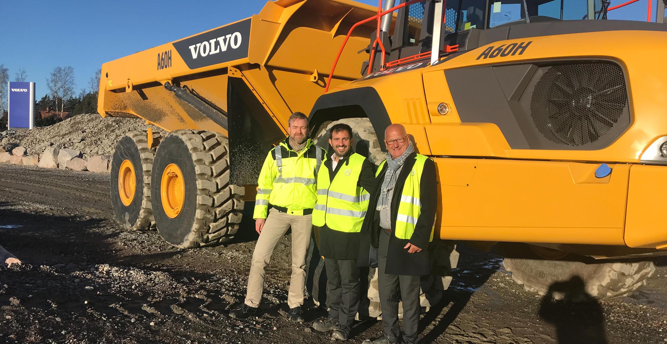 CECE Secretary General visits Volvo CE facilities in Eskilstuna : Volvo Construction Equipment