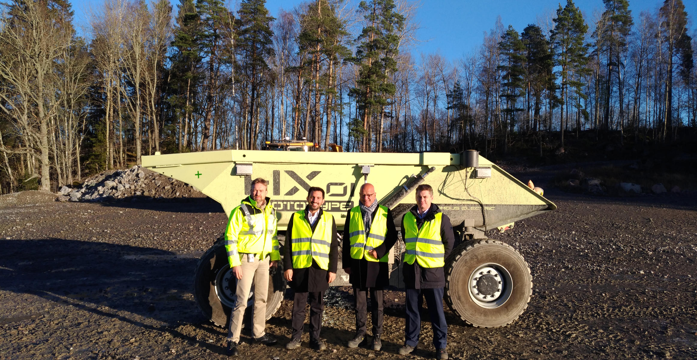cece-secretary-general-visits-volvo-ce-facilities-in-eskilstuna-02-2324x1200