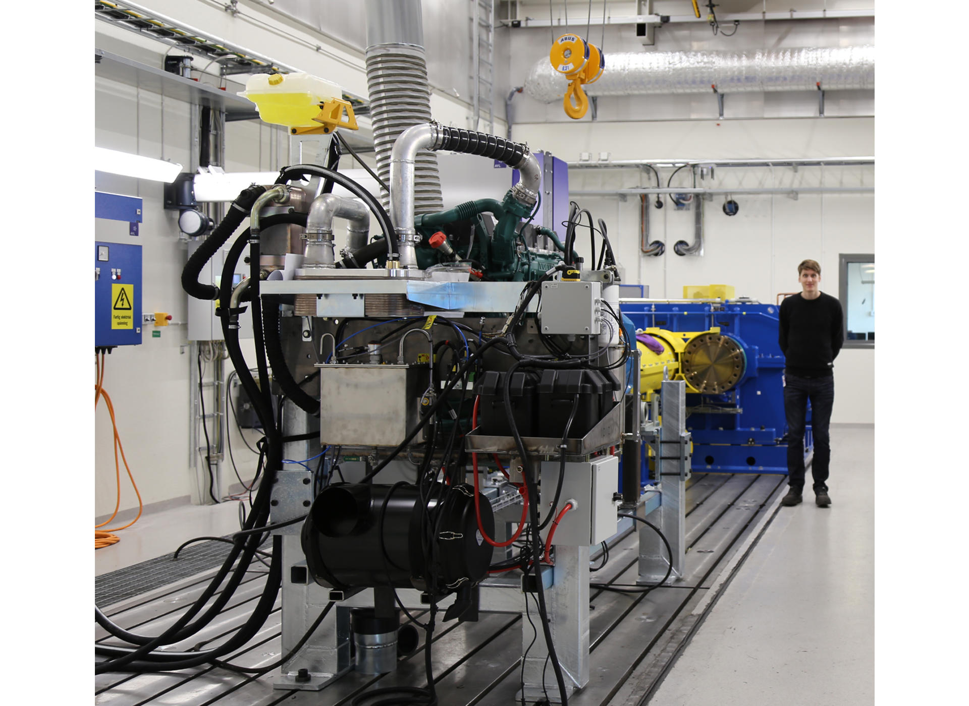 volvo-ce-inaugurates-unique-drivline-test-facility-01-1920x1400