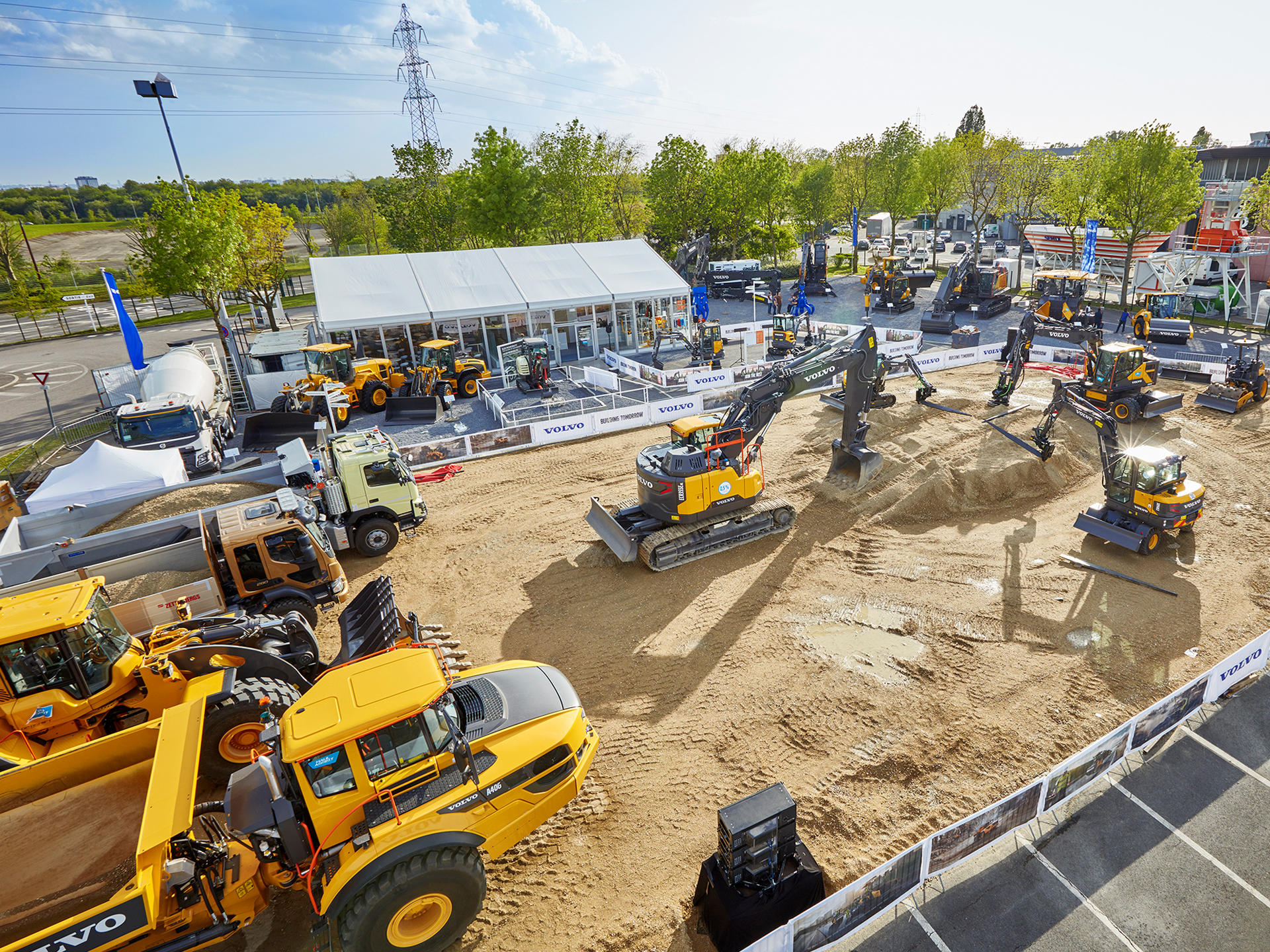 volvo-demonstrates-strong-portfolio-for-customer-success-at-intermat-paris-2018-02-1920