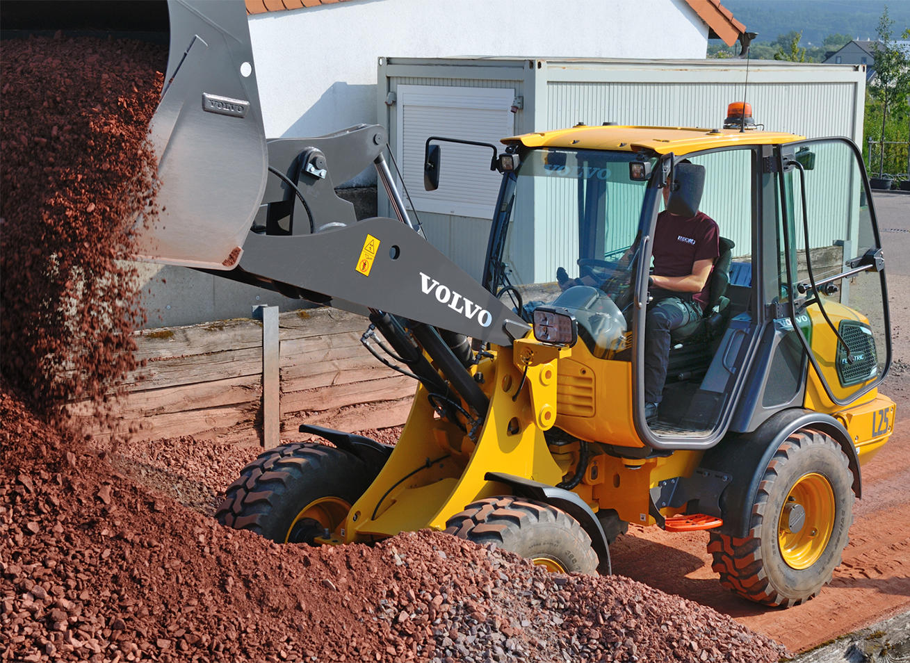 volvo-ce_press-release_first-electric-wheel-loader_04