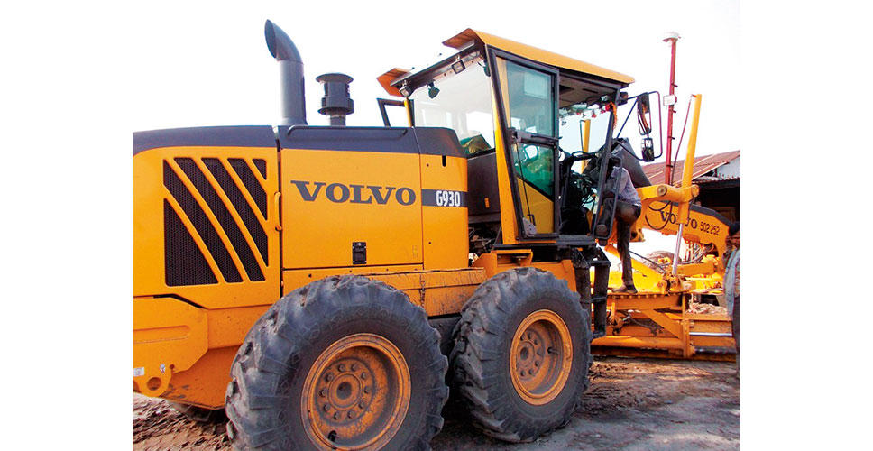 The Volvo G930 grader collects its operator