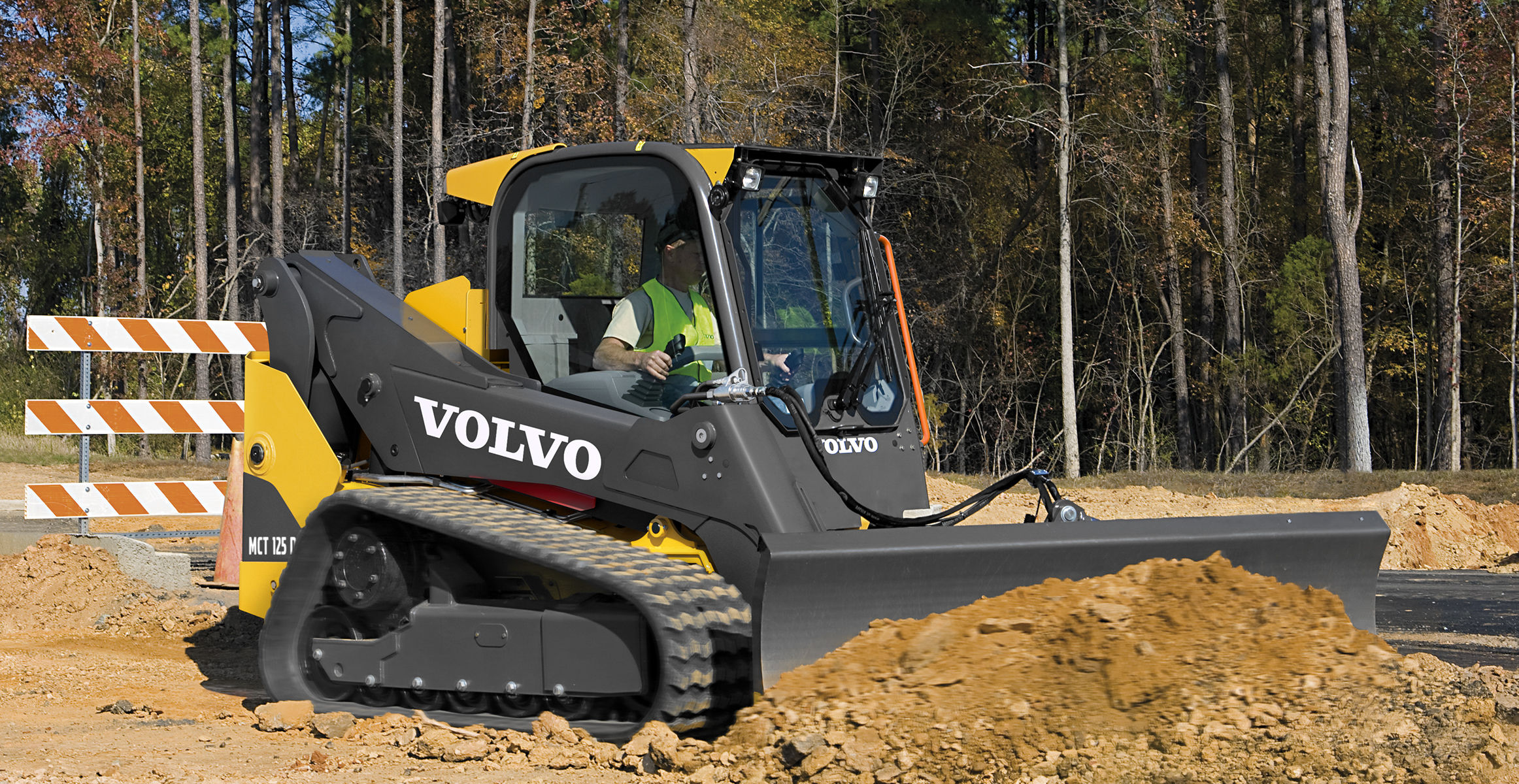 Volvo Skid Steer >> Mct125d Compact Track Loaders Overview Volvo Construction