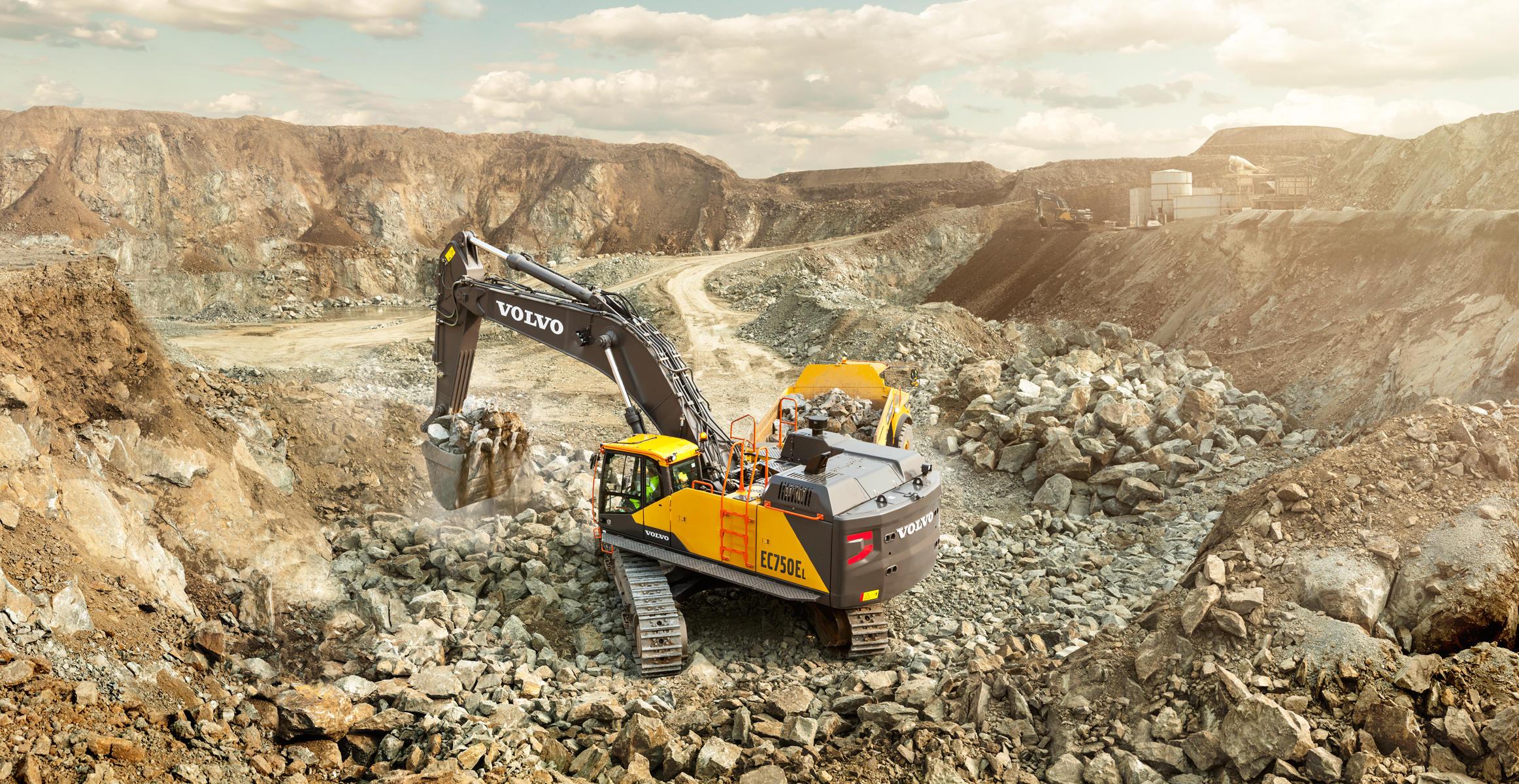 pale grandi le ammiraglie Volvo-benefits-crawler-excavator-ec750e-t4f-superior-digging-performance-2324x1200