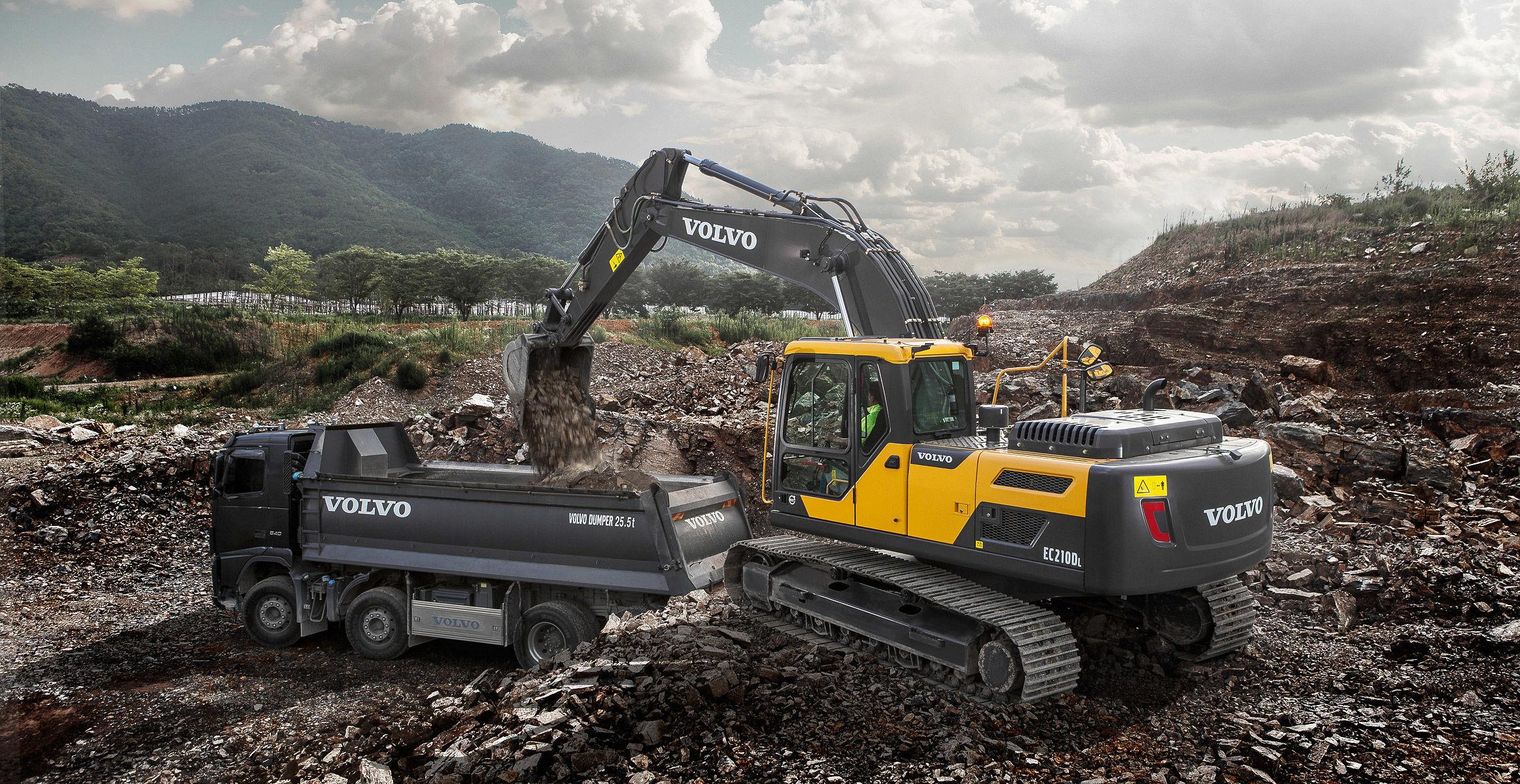 EC210D | Crawler Excavators | Overview | Volvo Construction Equipment