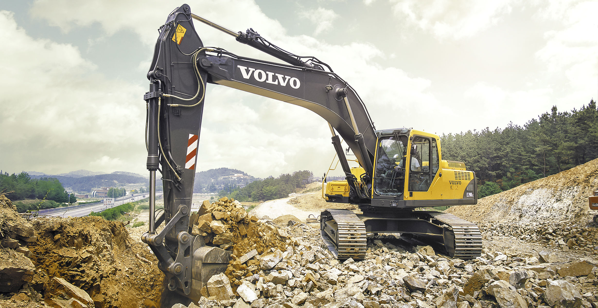 ec290b prime crawler excavators overview volvo. Black Bedroom Furniture Sets. Home Design Ideas