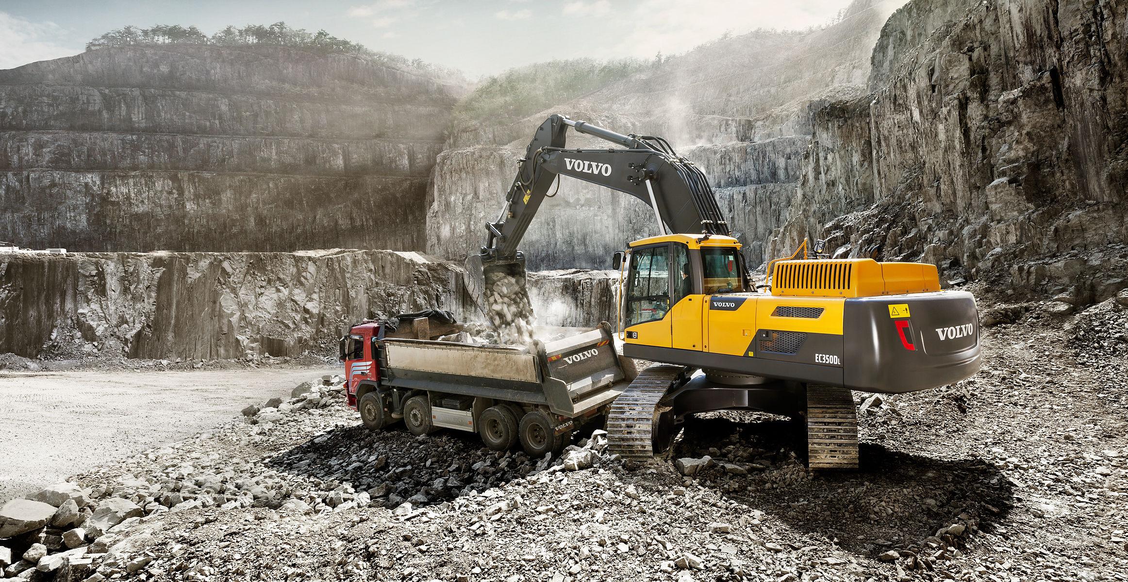 EC350D | Excavators | Overview | Volvo Construction Equipment