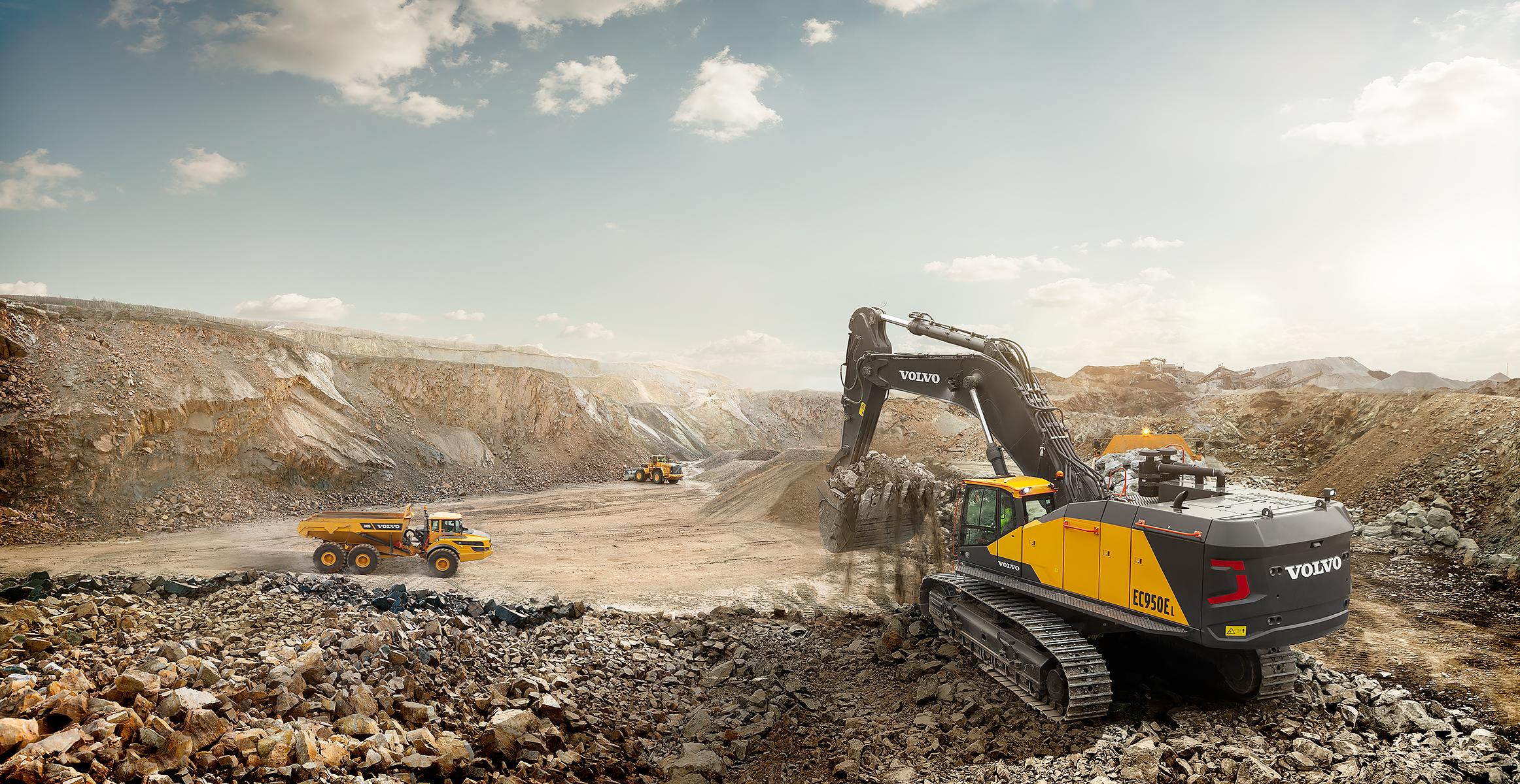 EC950E | Excavators | Overview | Volvo Construction Equipment