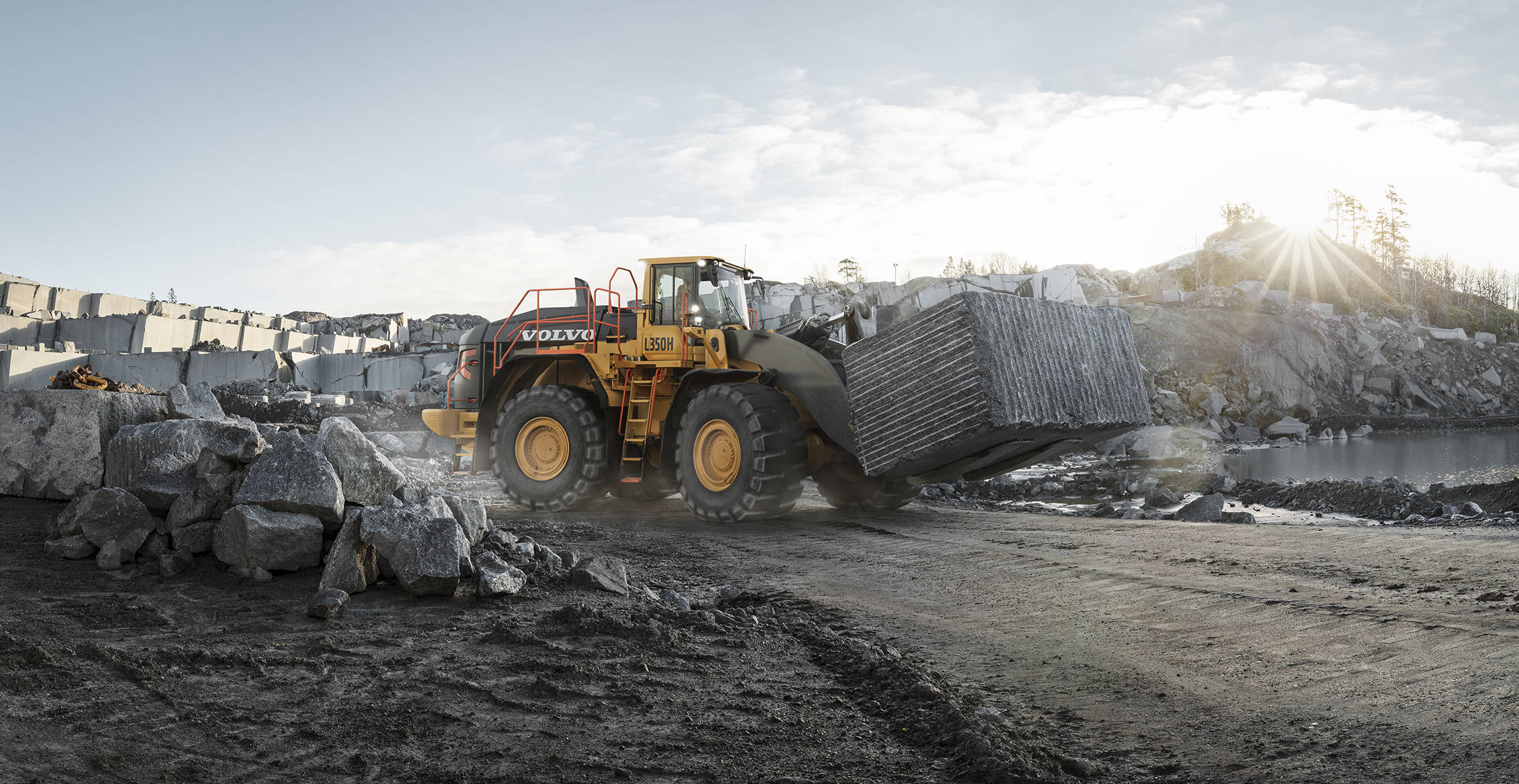 pale grandi le ammiraglie Volvo-benefits-wheel-loader-l350h-t3-t4f-durable-by-design-2324x1200