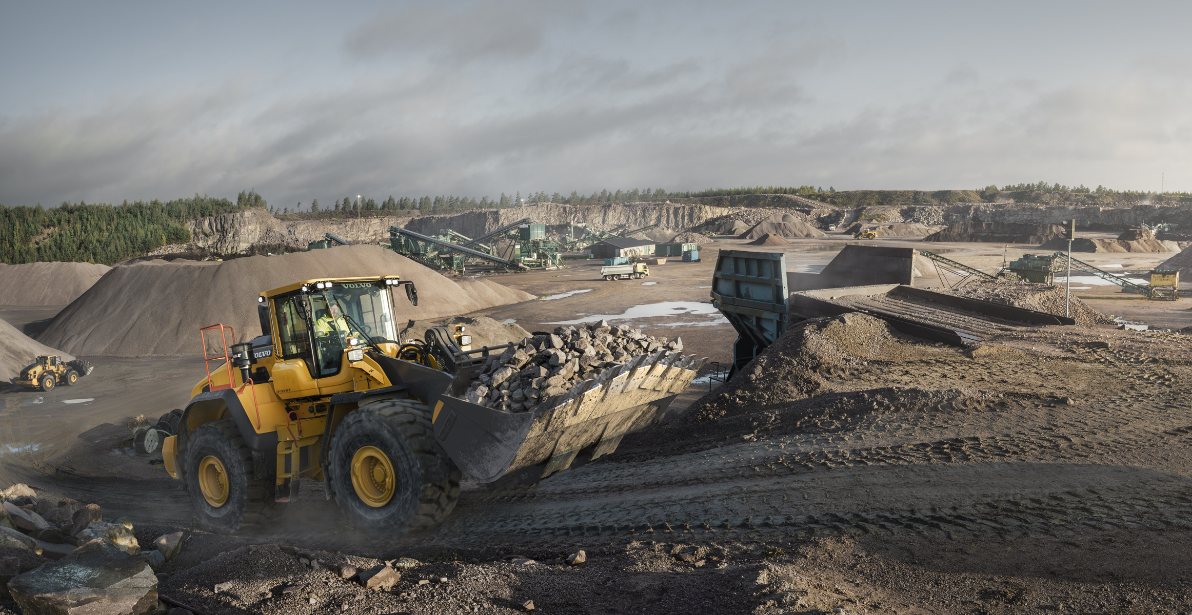 en wheel volvo recycling news loader product