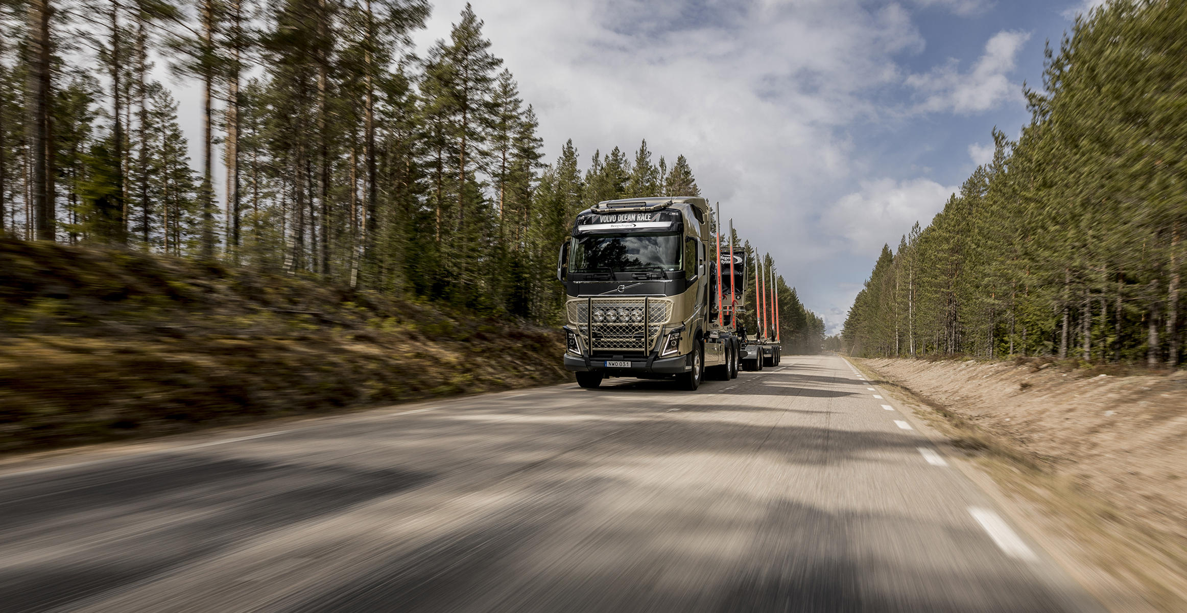 Volvo Trucks' FH16 truck (Volvo Ocean Race Edition), courtesy of Emil Gustafson, Extendo AB