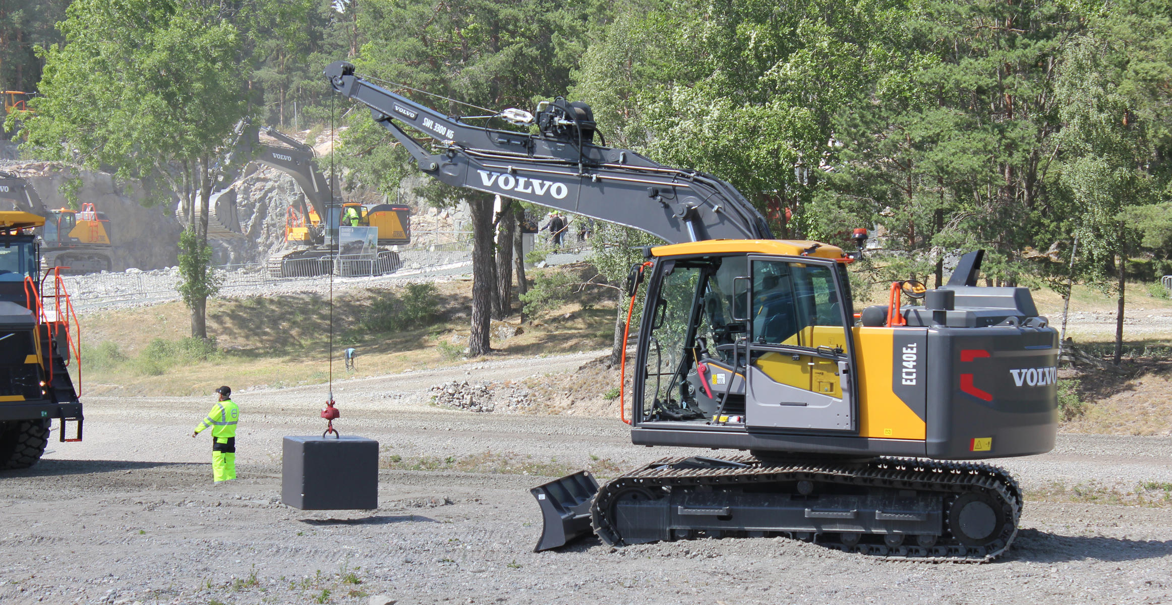Volvo CE mini pipelayer kit at Volvo Days
